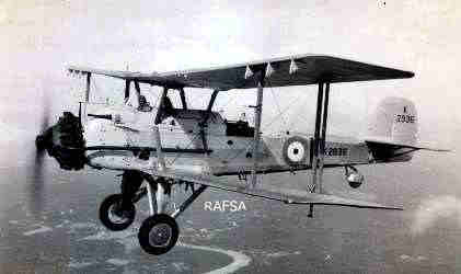 Seletar 1930s 1934-42 Vildebeest (Vickers) Airborne