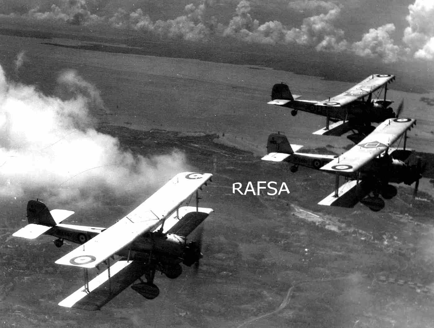 Seletar 1930s 1934-42 Vilderbeest DAWN PATROL - 36 SQN
