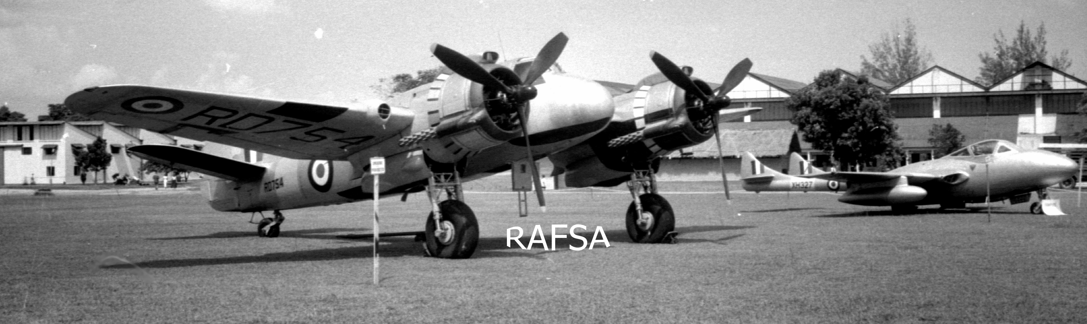 Seletar 1950s 1958 Beaufighter (Bristol) & Vampire